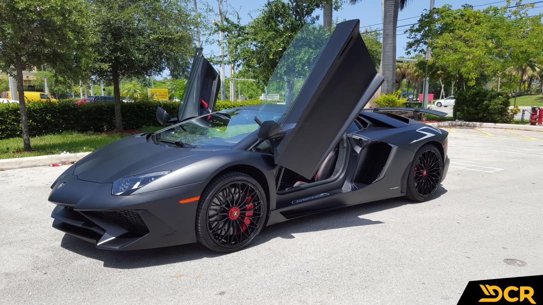 Lamborghini Aventador SV picture 1